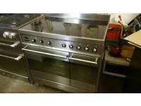Smeg 90cm induction range cooker used twice