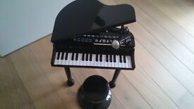 Toy piano in good working order