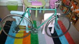 Ellis Briggs Favori Vintage road bike l' eroica