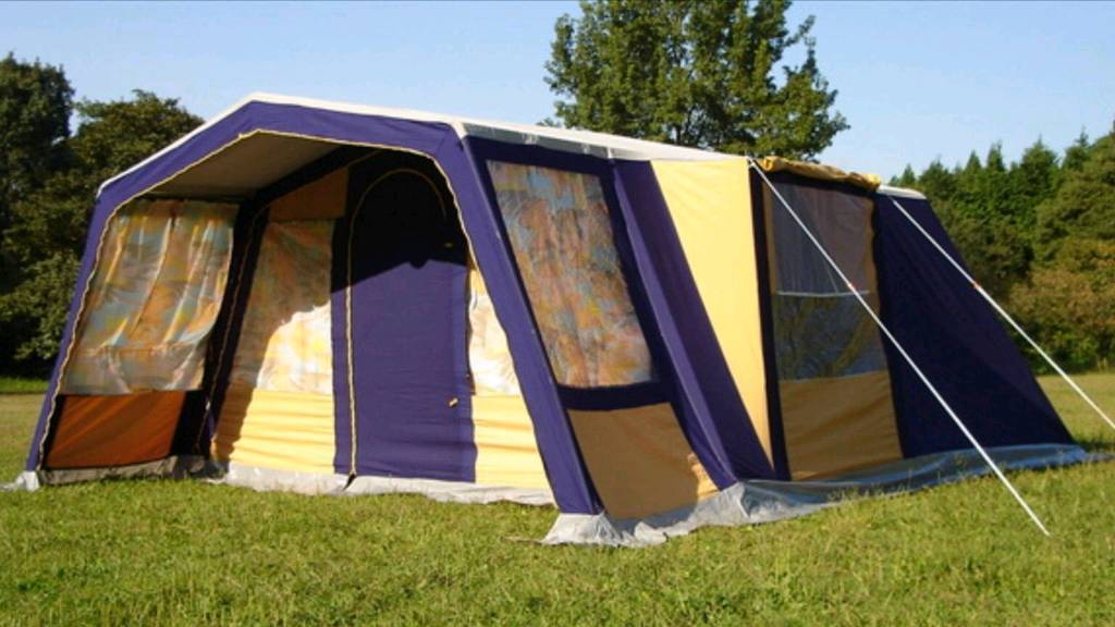 Marechal compact lux 4 tent.