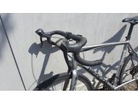 WHYTE RD7 SUSSEX - ENDURANCE BIKE - DISC BRAKES -RRP-£895- Not Giant Cannondale Specialized