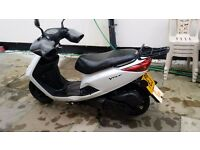 yamaha vity 125. excellent condition ,service history, very smooth,no accidents.