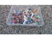 1000 assorted bags of beads
