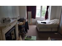 Furnished Studio on London Road. Includes Council Tax and Water