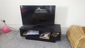 32 inch Bush TV - barely used