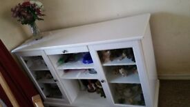 Excellent condition display cabinet
