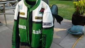 Motorcycle leathers kawasaki