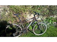 "Mountain Bike Merida with disc brake and gears Shimano 19"""