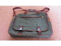 Green Laptop/Tablet Bag