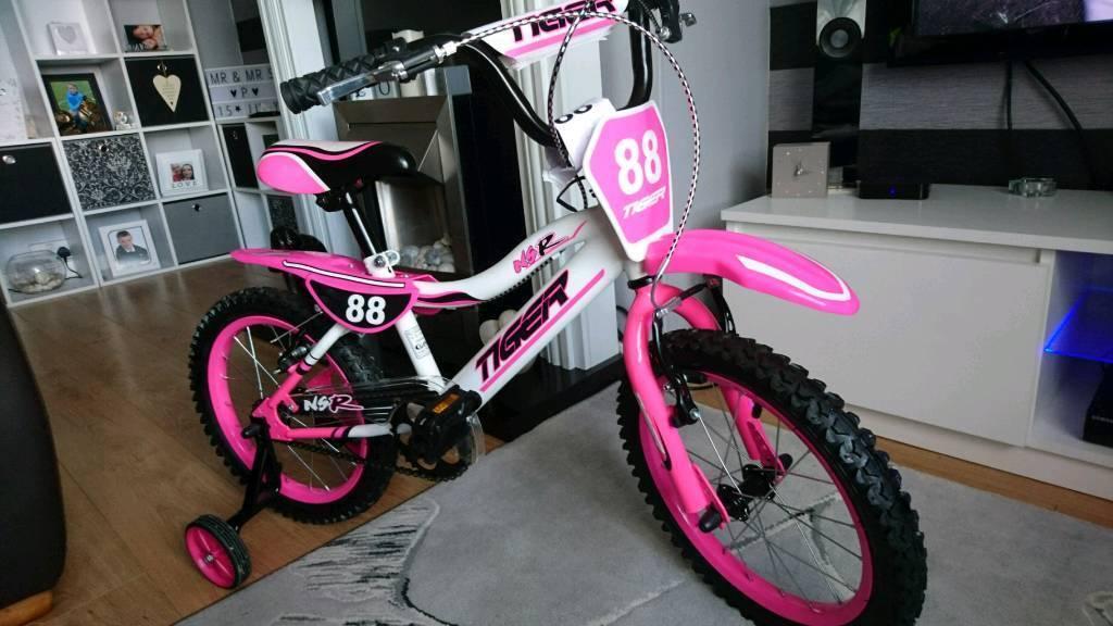 """Girls 16"""" bike as new"""