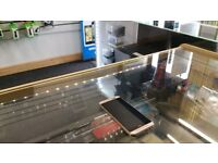 = RECEIPT INCLUDED = UNLOCKED HTC One M9 32GB - Gold