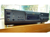 Technics SL-PS670D CD Player with remote control