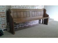 ANTIQUE / VINTAGE SOLID OAK CHURCH PEW. LOVELY CONDITION