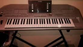 Keyboard Tyros 2