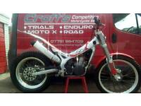 Road registered 2000 beta rev 3 250 trials bike px and delivery available. Ideal starter bike