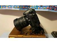Nikon d7200 body only with battery grip
