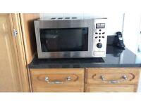 Large Oak Kitchen Excellent Condition