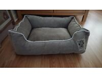 Brand New Dog Bed (s/m)