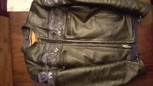 Like new motorbike jacket Cornwall Ontario image 2