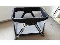 Nuna Sena Mini Travel Cot. Detachable Bassinet, mattress & carry bag included