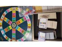 TRIVIAL PERSUIT FAMILY EDITION MASTER GAME