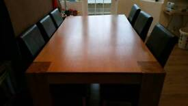 Solid Oak 8 Seater Dining Table & 5 Chairs