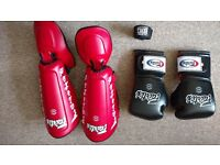 Fairtex Gloves 16oz and Shin pads size L - Never Worn