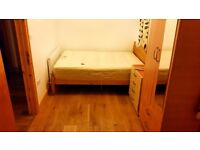 Pretty double bed room fully furnished +internet and All Bills Inc.