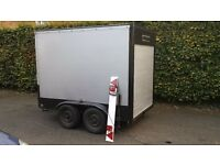 6x8 twin axle box trailer with shutter