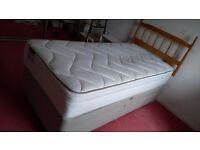 Single bed and mattress. Almost new. Can deliver.