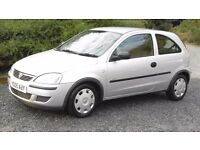 2005 Vauxhall corsa 1.0, 6 months MOT, good condition,. a nice tidy car