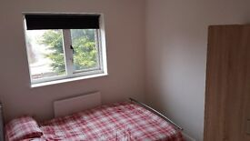 Mon-Fri let available now. Newly decorated double room.