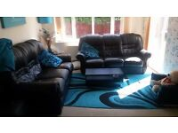 Teal and black rug 120 x 180 cm