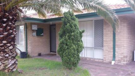 Great location 3x1 house with huge backyard, rent by owner