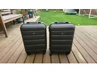 Two awesome small suitcases / flight bags