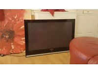 samsung 42 inch lcd. no stand or remote( has fittings for wall mount) excellent condition.