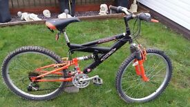 3 mountain bikes (tatty)