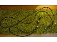 2 x hdmi cables