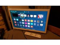 SAMSUNG 22-inch Smart FULL HD LED TV,built in Wifi,Freeview HD,Netflix,Fully Working