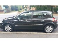 RENAULT MEGANE BLACK-GREAT CONDITIONS- 1 YEAR MOT-VERY LOW MILES-PRIVATE SELLER- ONLY 2 PREV. OWNERS