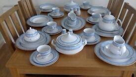 40 Piece Beautiful Waterside Fine China Dinner & Tea Service