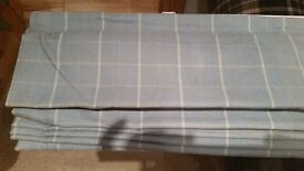 Brand new made 2 meadure roman blind