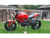 For Sale Ducati Monster 1100 EVO V Twinn Naked Sport Motorcycle Café Racer