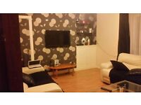 2 Bedroom flat double beds , gas central heating , double glazing , . 102 strathamrtine road dd37sf