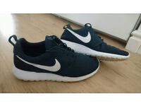 Nike Roshe Run Trainers - Mens UK Size 8 - Blue