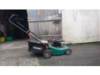 Qualcast lawnmower 41 cm metal deck, briggs stratton 125cc engine 4 stroke 45 litre grass box