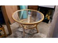 Round coffee table.
