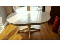WHITE EXTENDABLE DINING TABLE