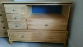 Solid wood sideboard/ drawer unit