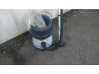 HOOVER AQUAMASTER COMBINED VACUUM CLEANER--CARPET SHAMPOO AND WET AND DRY VAC AVAILABLE FOR SALE
